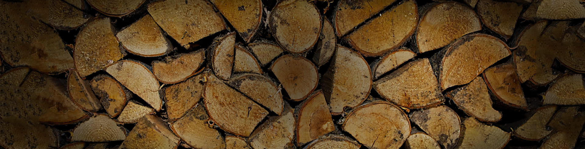ECO-FRIENDLY KILN-DRIED FIREWOOD
