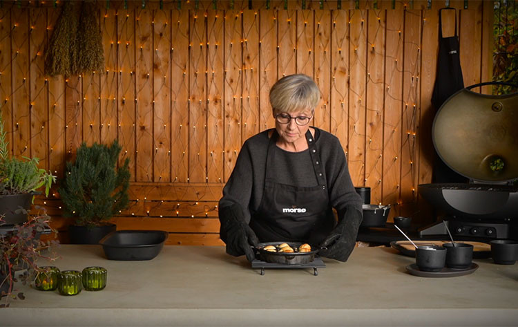 Video: Forno Gas made pancake puffs made by Ellen from Morsø